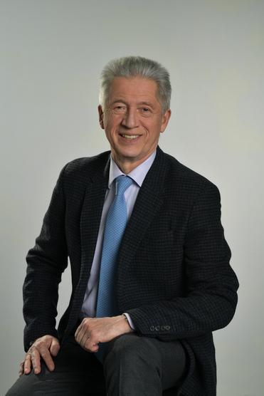 Михаил Юрьевич Богданов